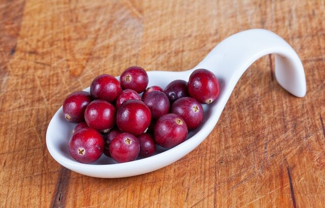 Happy Eat A Cranberry Day Messages, Quotes forFacebook, WhatsApp Status
